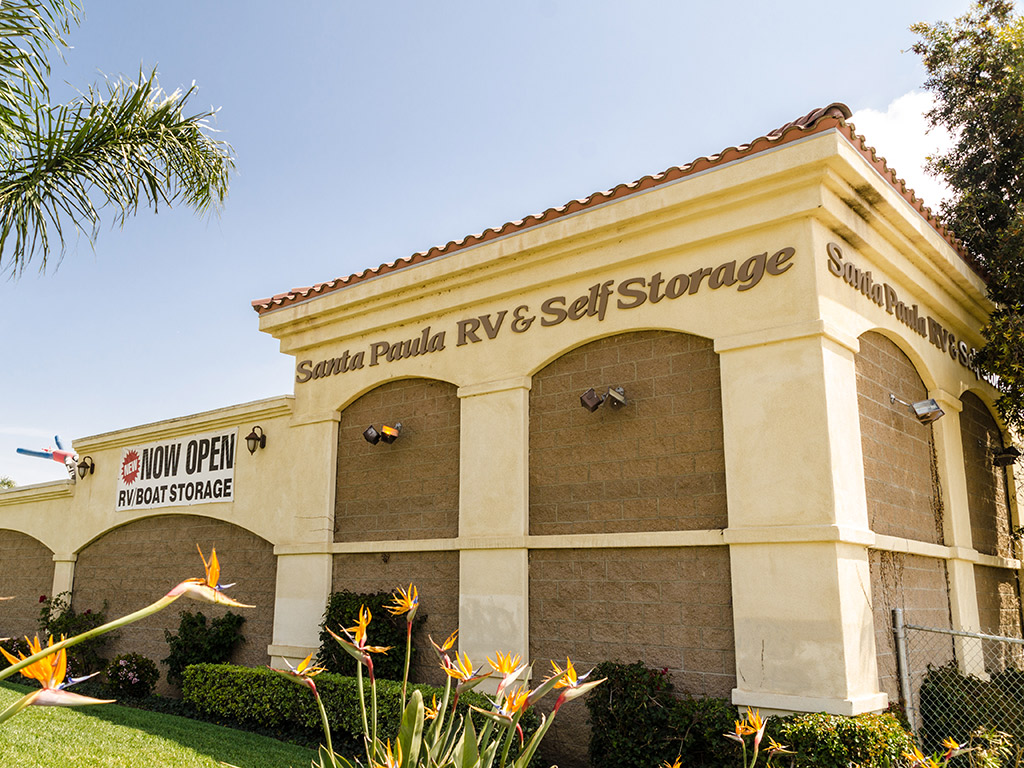 how to get rid of storage unit contents